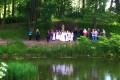 Nabożeństwo Majowe w pałacowym ogrodzie.